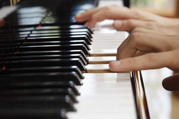 Tìm giáo viên dạy đàn Piano giỏi tại tphcm