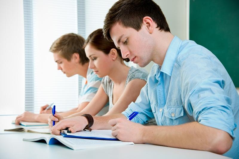 Nhận gia sư tiếng Anh lớp 10 tại gia