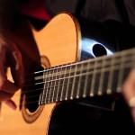Tìm gia sư đàn Guitar tại nhà